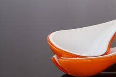 Deux cuillères en céramique Image libre de droits