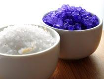 Deux cuvettes de sel de bain Photographie stock libre de droits