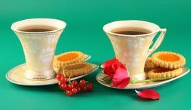 Deux cuvettes de thé Images stock