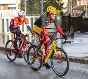 Deux cyclistes - 2018 Paris-gentil photos stock