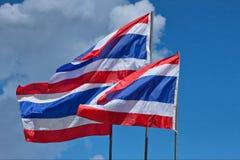 Deux drapeaux de la Thaïlande Images stock