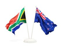 Deux drapeaux de ondulation de l'Afrique du Sud et de la Nouvelle Z?lande d'isolement sur le blanc illustration de vecteur