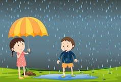 Deux enfants sous la pluie illustration libre de droits