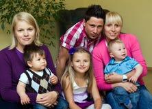 Deux familles photos libres de droits