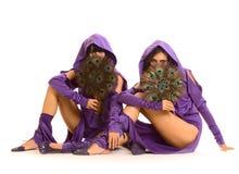 Deux femmes avec l'amusement Images libres de droits