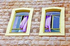 Deux fenêtres Photo stock