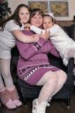 Deux filles avec la mère Photographie stock