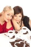 Deux filles buvant du café Photo libre de droits