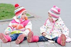 Deux filles d'enfant en bas âge Image libre de droits