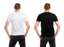 Deux fois homme dans le T-shirt blanc et noir vide de l'arrière sur le fond blanc photos stock