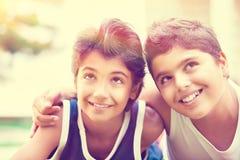 Deux garçons heureux Images stock