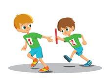 Deux garçons impliqués dans le relais Photo libre de droits