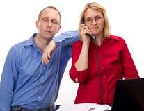 Deux gens d'affaires de travailler Image libre de droits