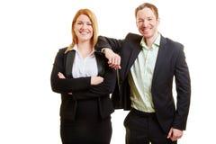 Deux gens d'affaires en tant qu'équipe d'affaires Image stock