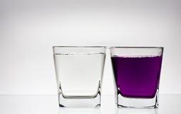 Deux glases avec de l'eau Image libre de droits