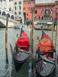 Deux gondoles à Venise Image libre de droits