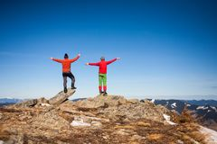 Deux grimpeurs sur le dessus Photos stock