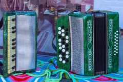 Deux harmonicas tatars, instruments de musique photographie stock
