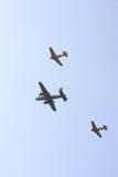 Deux Harvards et un avion de Spitfire Photographie stock libre de droits