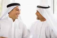 Deux hommes du Moyen-Orient photographie stock