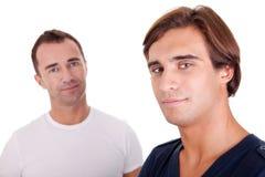 Deux hommes occasionnels Image stock