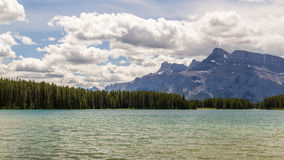 Deux Jack en parc national de Banff, Alberta, Canada Photos stock