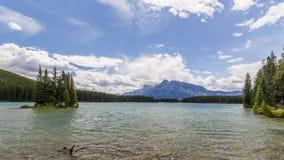 Deux Jack en parc national de Banff, Alberta, Canada Photographie stock libre de droits