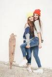 Deux jeunes amie de hippie Image libre de droits