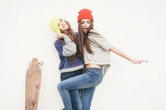 Deux jeunes amie de hippie Photo stock