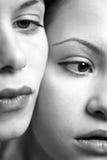 Deux jeunes belles amies Photos libres de droits