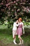 Deux jeunes femmes attirantes en été Photo libre de droits