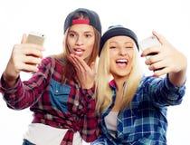 Deux jeunes femmes drôles Images libres de droits