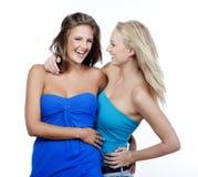Deux jeunes femmes heureuses Images libres de droits