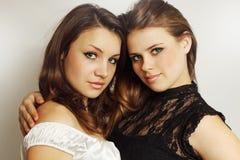 Deux jeunes filles photographie stock