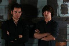 Deux jeunes hommes Photographie stock libre de droits
