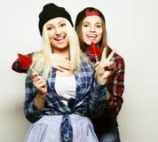 deux jeunes jolies filles de hippie Images libres de droits