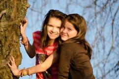 Deux jeunes soeurs Photo libre de droits