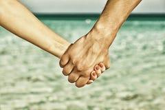 Deux mains des personnes image stock