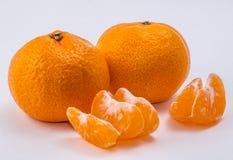 Deux mandarines sur le fond blanc Photos libres de droits
