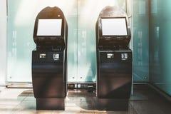 Deux maquettes de terminaux de libre service photographie stock libre de droits