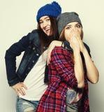 Deux meilleurs amis sexy élégants de filles de hippie Photos libres de droits