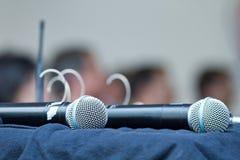 Deux microphones Photographie stock