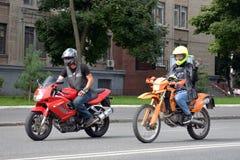 Deux motocyclistes Photographie stock