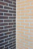 Deux murs de briques Photographie stock libre de droits