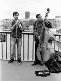 Deux musiciens de rue à Paris Photos stock