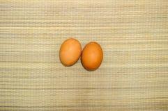 Deux oeufs de poulet Photos libres de droits