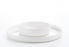Deux ont agrafé des plats d'isolement au-dessus du blanc Photo libre de droits