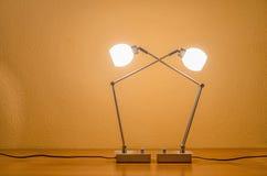 Deux ont allumé les lampes modernes Photos libres de droits