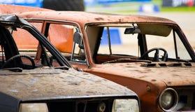 Deux ont détruit des véhicules Images libres de droits