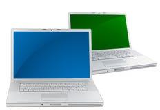 Deux ordinateurs portatifs d'isolement sur le blanc Image stock